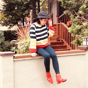 Striped puffed sleeved sweater Charlotte russe